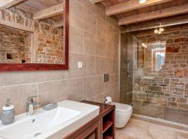 bathroom Luxury Villa Harpocrates