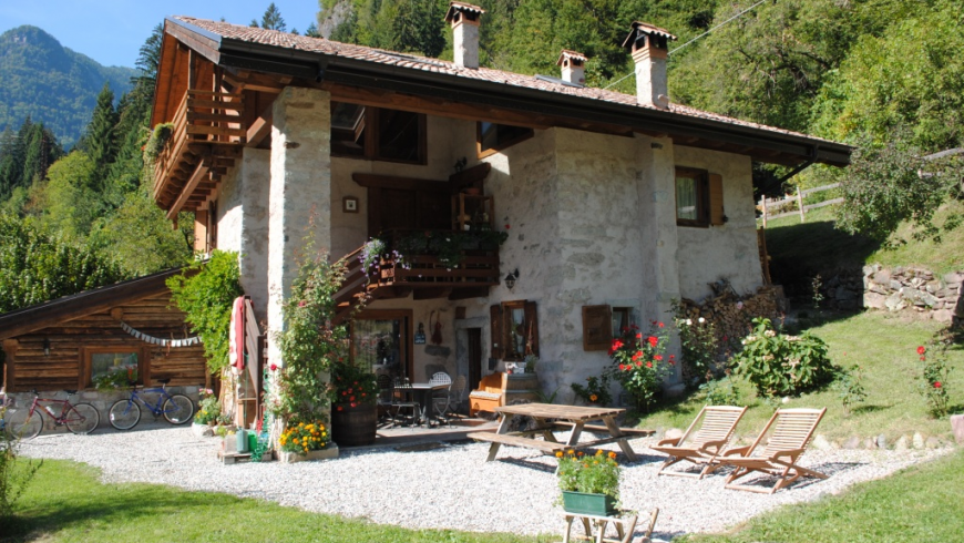 Villa Ca 'Praja, a beautiful eco-sustainable bed & breakfast in Trentino