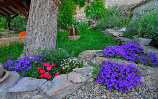 eco villa with organic garden in Dalmatia
