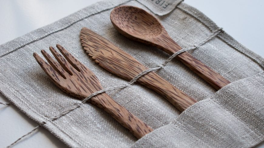 reusable wooden cutlery for your zero-waste travel