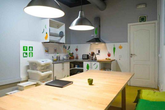 sleep green hostel barcelona