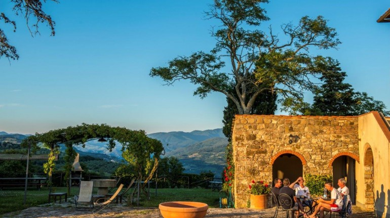 Lavacchio, farmhouse that produces wines and organic extra virgin olive oil