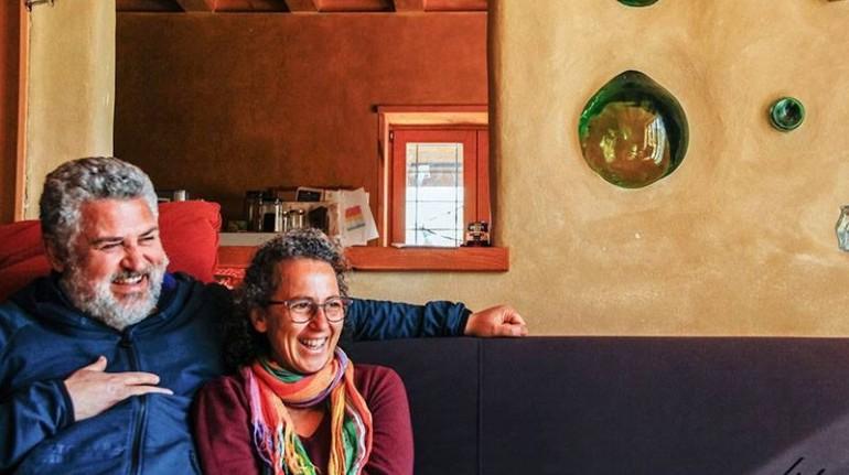 Tiziana and Toti at straw bale house felcerossa