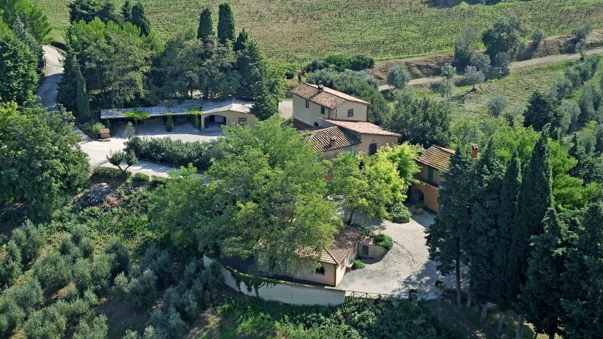 Your holiday in the Etruscan Coast, sleeping in a farm