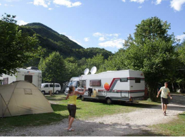 Camper and Caravans in Kamp Koren