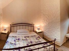 Bedroom in double room