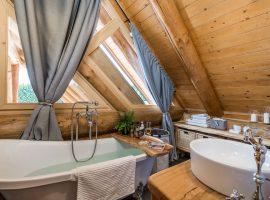 Bathroom in Divjake Log Home eco chalet in Croatia