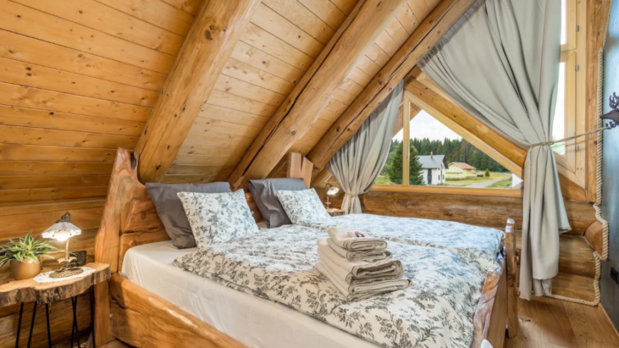 Bedroom in Divjake Log Home eco chalet in Croatia
