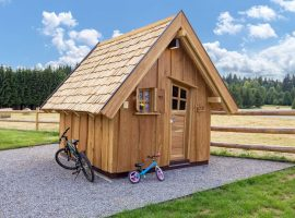 Bikes available at Divjake Log Home eco chalet in Croatia