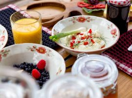 Delicious breakfast in Divjake Log Home