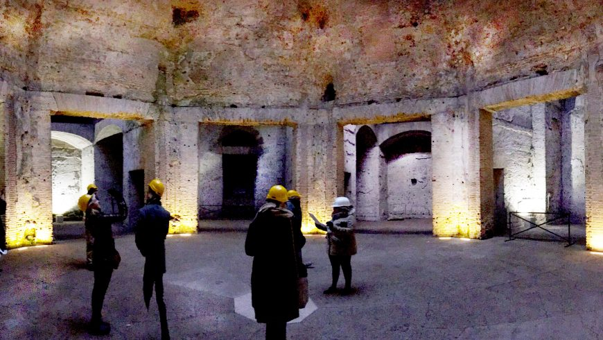 Visitors admire virtual reconstruction in domus aure, thanks to VR