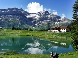Les Diablerets (Switzerland) lake