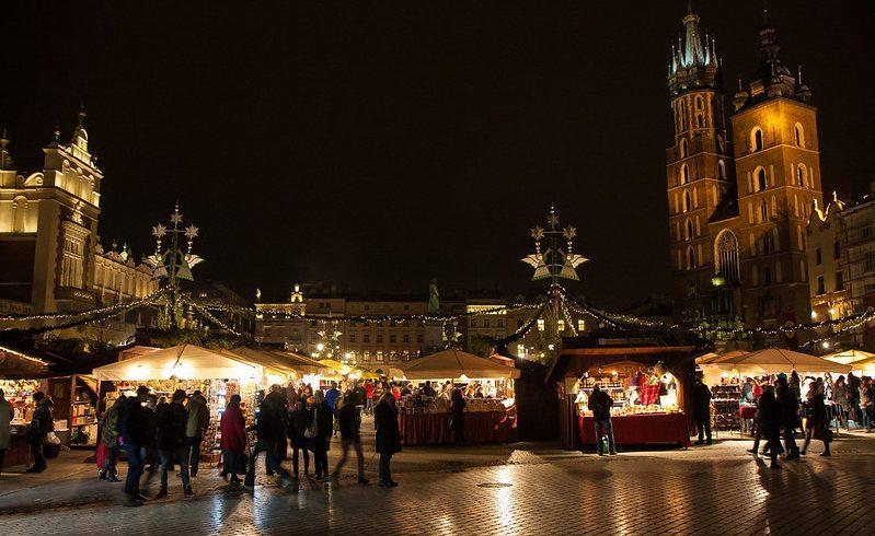 amber market in Krakow, along the amber road