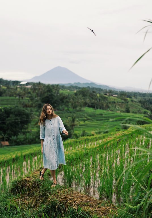 eco-traveling, supporting local community