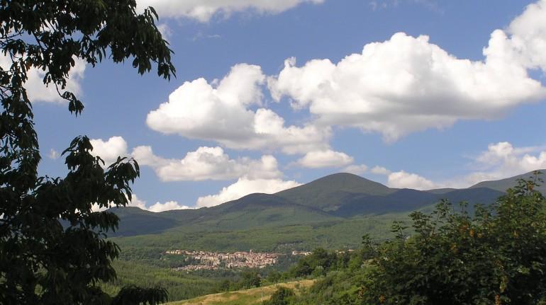 Countryside and landscape around the agritourism Podere di Maggio