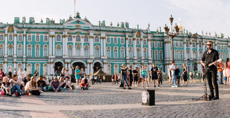 green itineraries in saint petersburg, winter palace