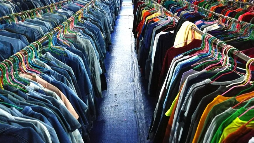 eco-friendly shopping tips: second-hand shop