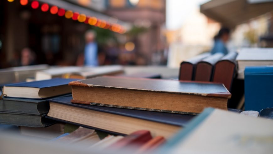 eco-friendly shopping tips, second-hand books