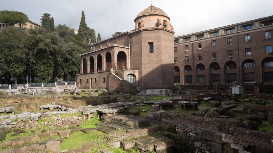 In Sant'Omobono Terme, in the Bergamo area, you will find thermal waters and archaeological remains