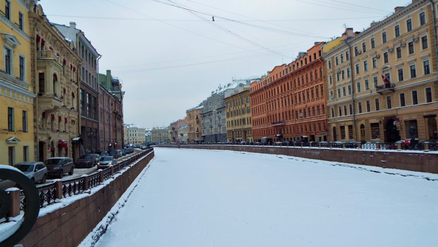 Moyka river in winter