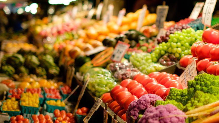 Vegetables in a market ideal for a vegan nutrition