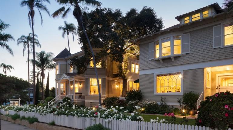 Cheshire Cat Inn - California