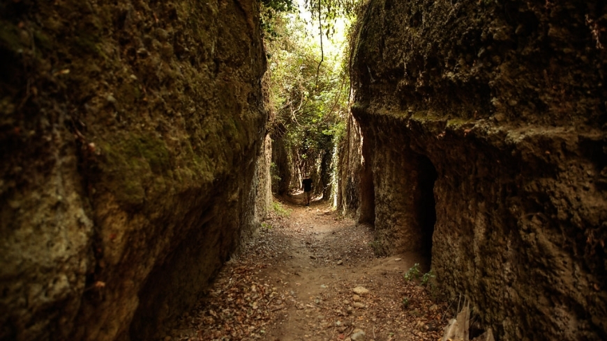 vie cave for your green holiday in tuscany