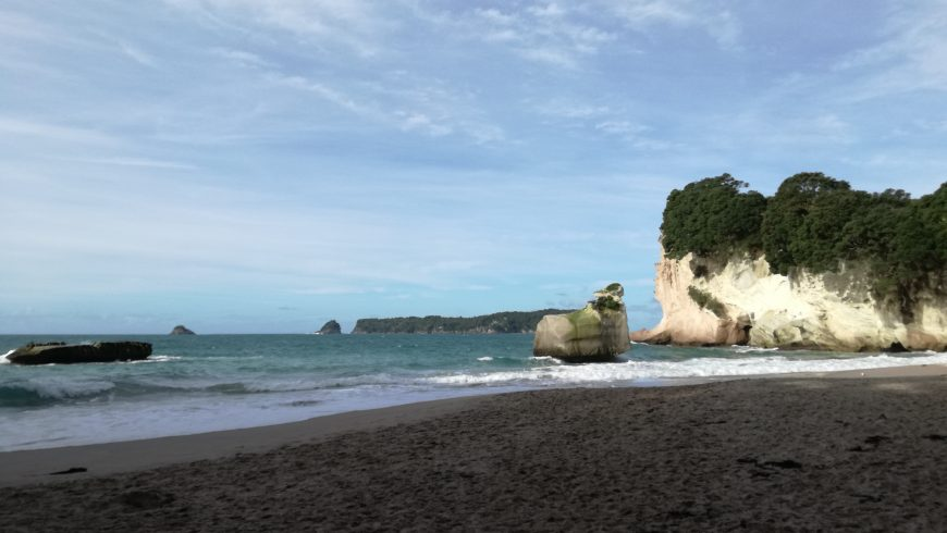 Cathedral Cove Beach, beaches new zealand
